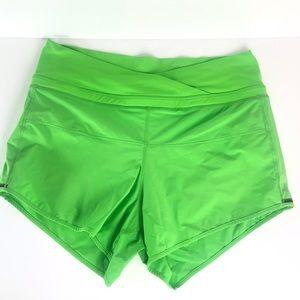 Lululemon Sunset Salutation Gator Green Shorts 6